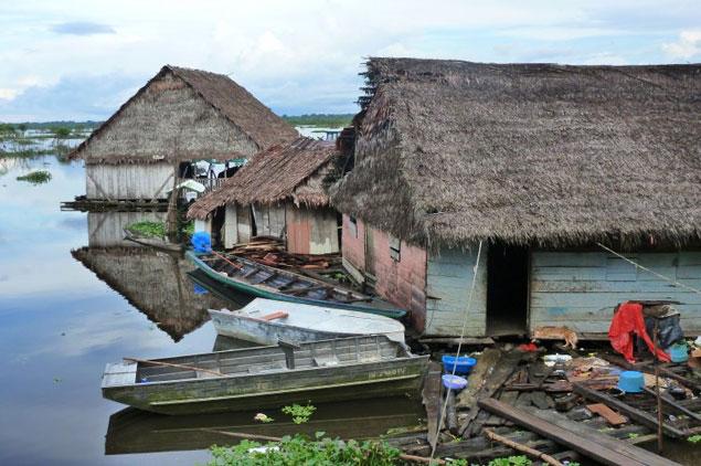 Дом на воде амазонка